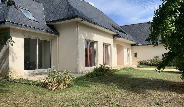 Maison avec terrasse Châteauneuf-sur-Sarthe