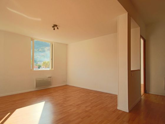 Location appartement 3 pièces 51 m2