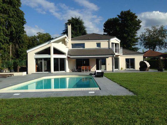 Vente maison 6 pièces 289 m2