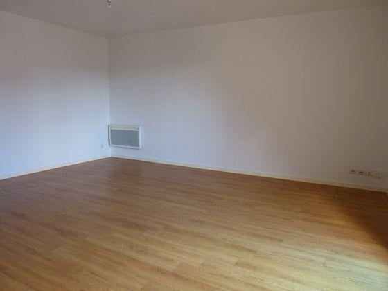 Location studio 31,89 m2