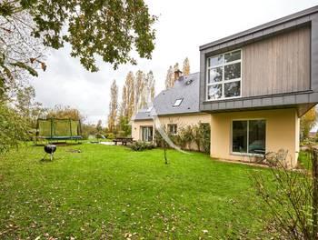 Maison 11 pièces 220 m2
