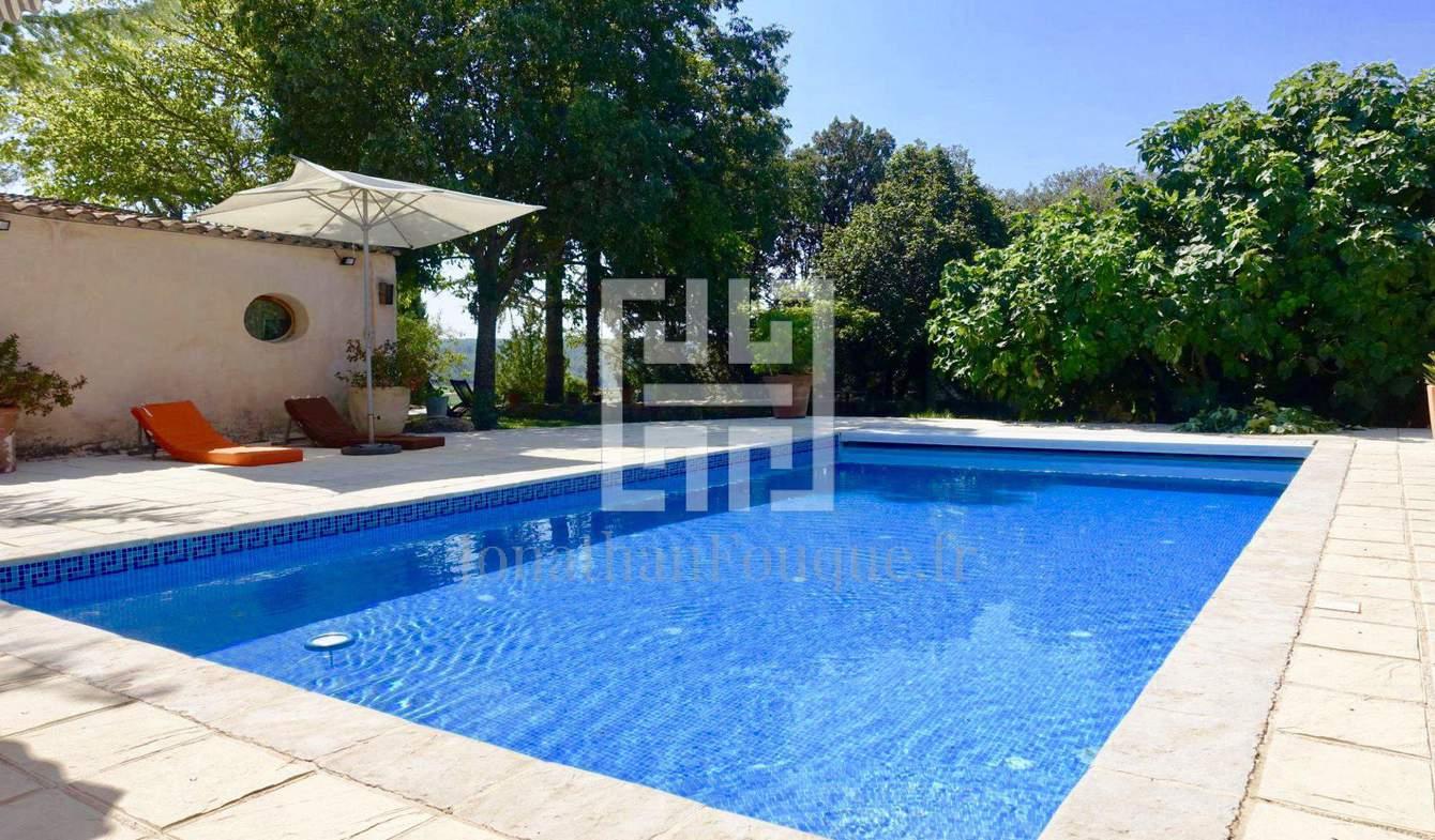 Corps de ferme avec piscine Aix-en-Provence
