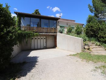propriété à Saint-Georges-les-Bains (07)