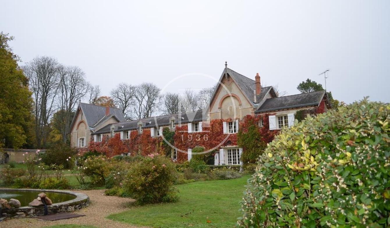 House with pool Baugé