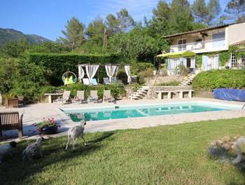 Villa 10 pièces 205 m2