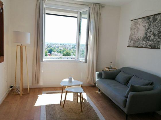 Location appartement meublé 2 pièces 33,6 m2