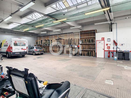 Location divers 2 pièces 450 m2