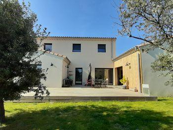 villa à Clansayes (26)