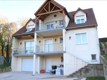 Maison 8 pièces 211 m2