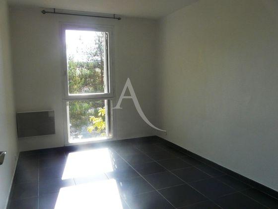 Location appartement 3 pièces 64,29 m2