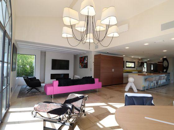 Vente maison 5 pièces 350 m2