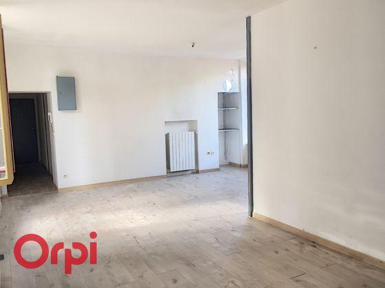 Location appartement 3 pièces 78,6 m2