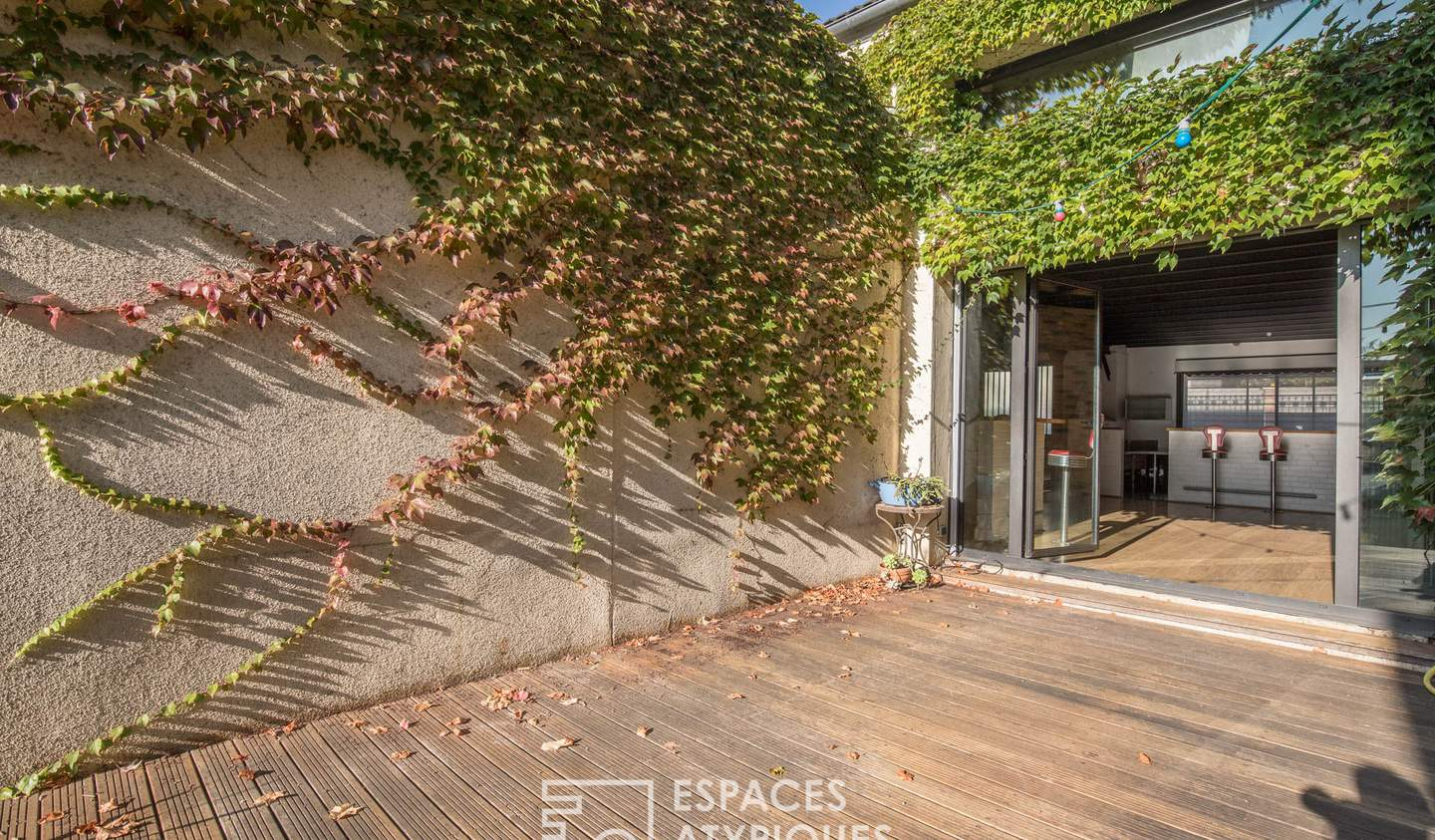 House with terrace Chatillon