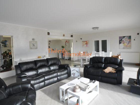 Vente villa 6 pièces 250 m2