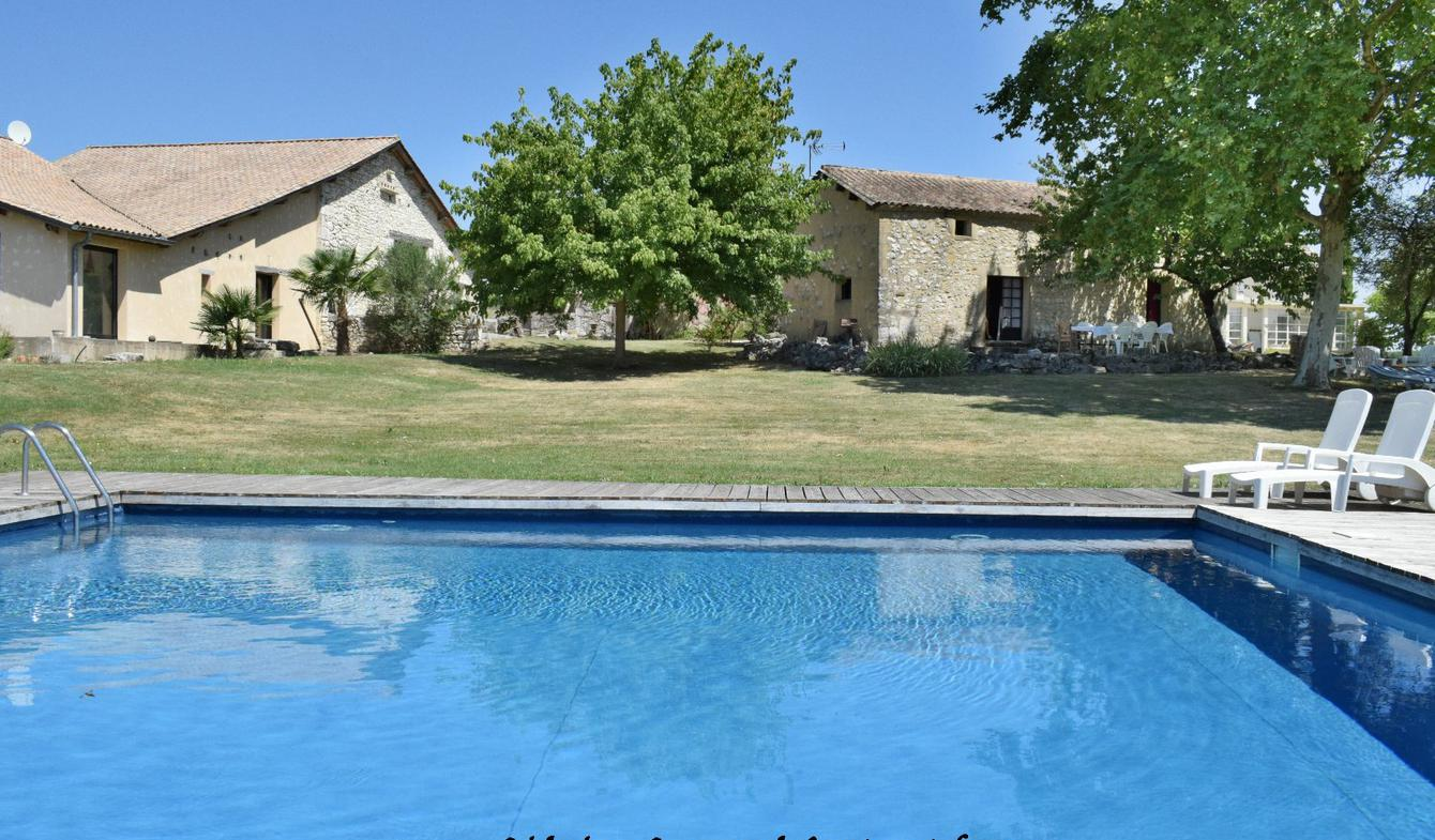 Property with pool Monbazillac