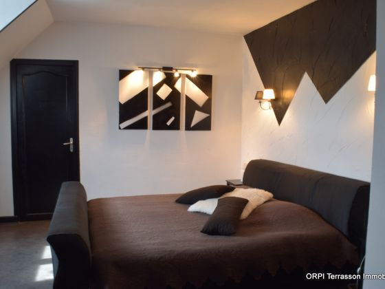 Vente maison 12 pièces 301 m2