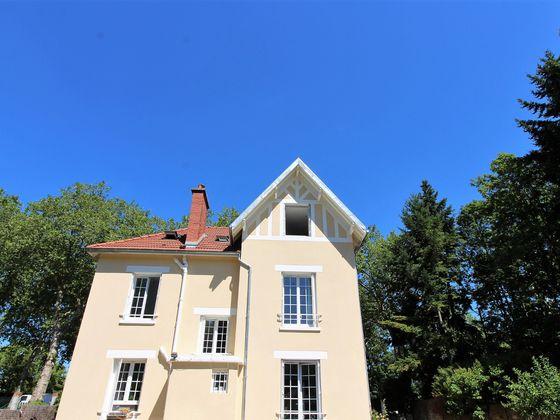 Location maison 6 pièces 154,95 m2