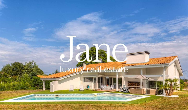Maison avec piscine et terrasse Gradignan