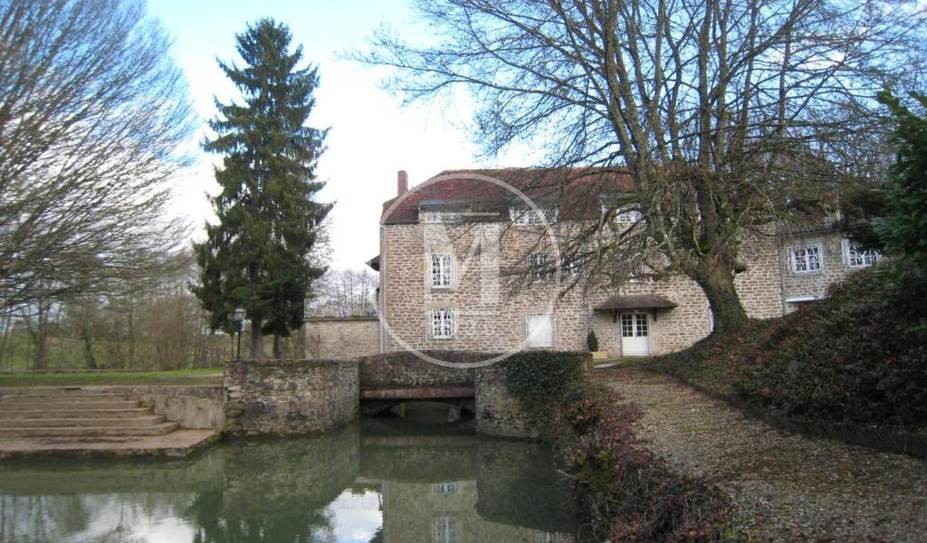Maison avec piscine et terrasse Semur-en-Auxois