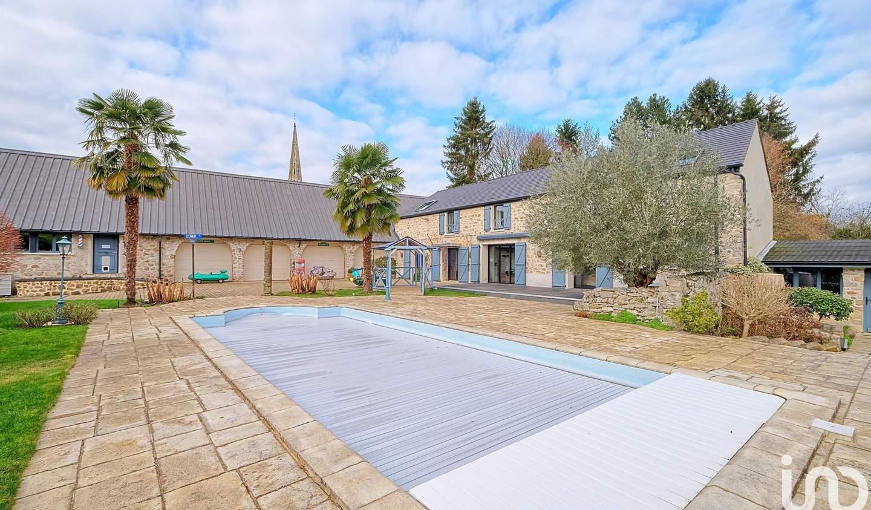 Maison avec piscine et terrasse Acy-en-Multien
