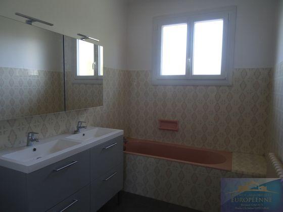 Location maison 5 pièces 149 m2