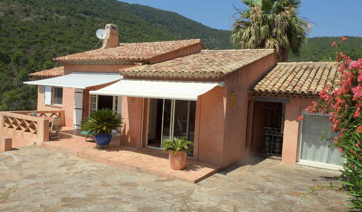 House with terrace Rayol-Canadel-sur-Mer