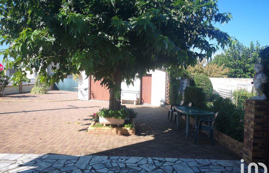 Vente maison 5 pièces 112 m² à Mayet (72360), 147 000 €