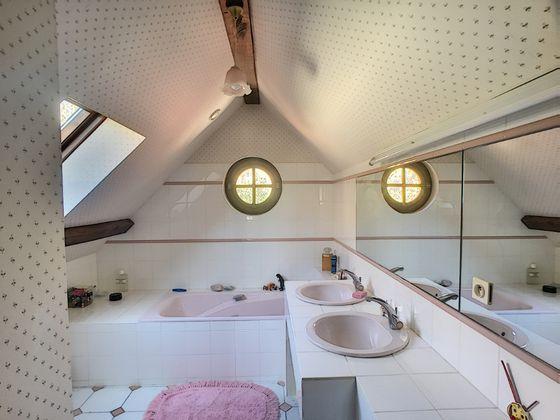 Vente maison 4 pièces 121,43 m2
