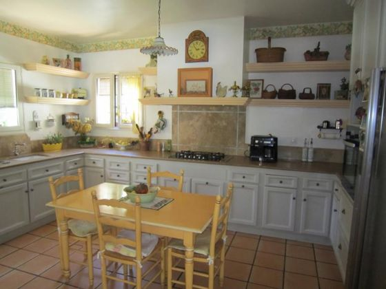 Vente maison 6 pièces 260 m2