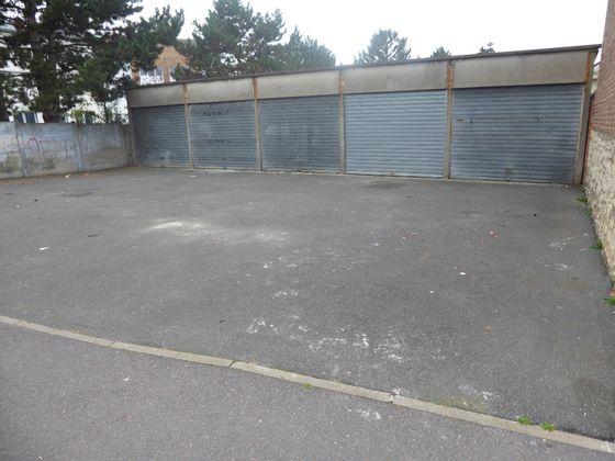 Location parking 25 m2