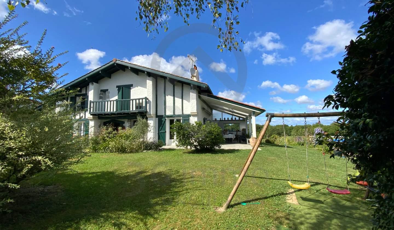 Maison Ustaritz