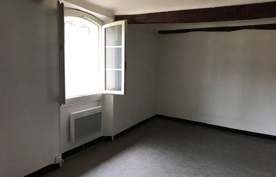 Location  studio 1 pièce 26 m² à Le Beausset (83330), 420 €