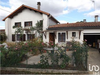 maison à Saint-Claud (16)