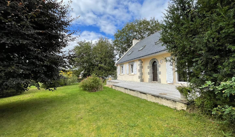 Maison avec terrasse Plougonven