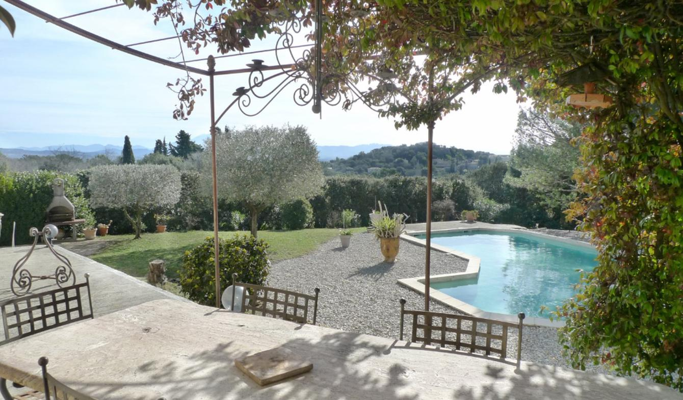 Villa with pool and terrace Lagarde-Paréol