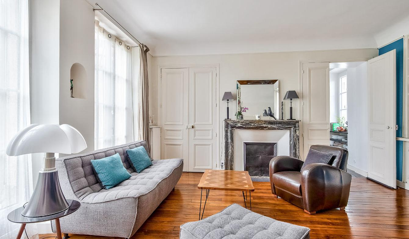 Apartment with terrace Louveciennes