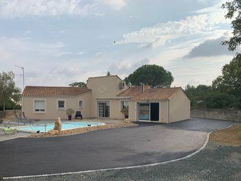 maison à Puyravault (85)