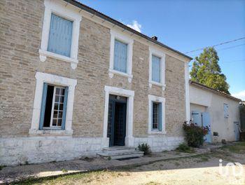maison à Villejoubert (16)