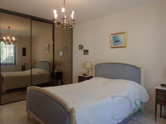 Vente villa 6 pièces 207 m2