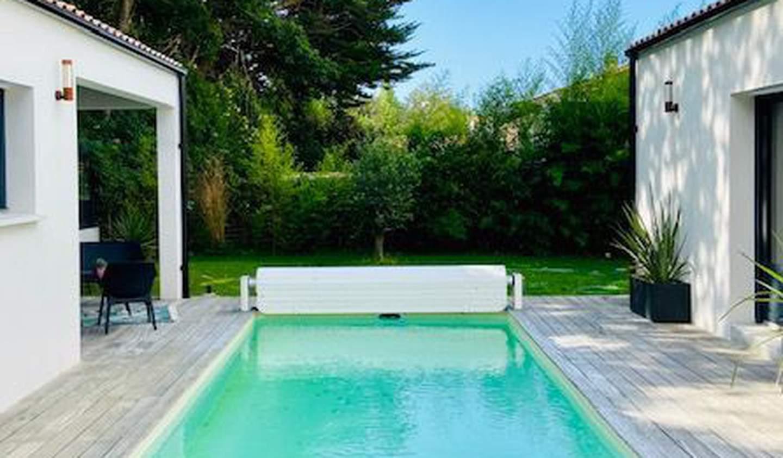 Maison avec piscine et terrasse Perigny