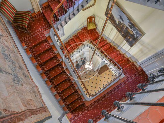 Vente propriété 28 pièces 900 m2