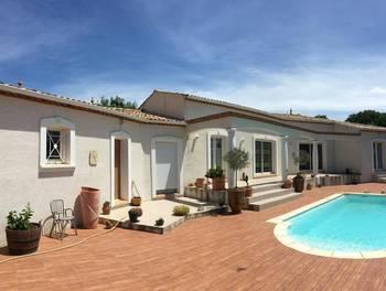 Villa 2 pièces 190 m2