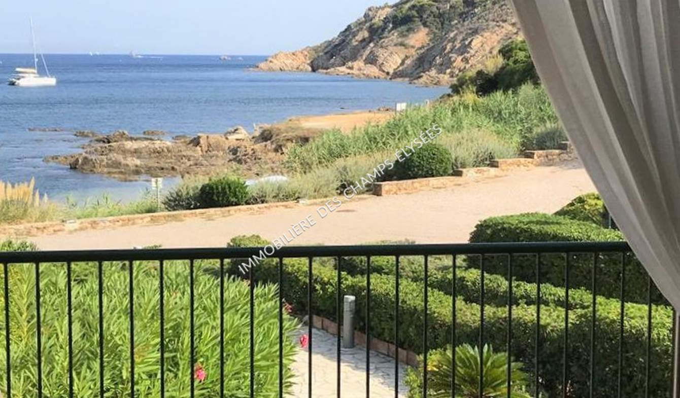 Maison avec piscine en bord de mer Ramatuelle