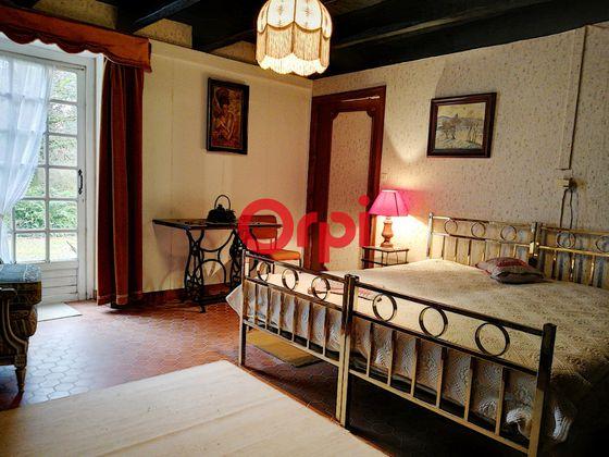 Vente maison 8 pièces 328 m2