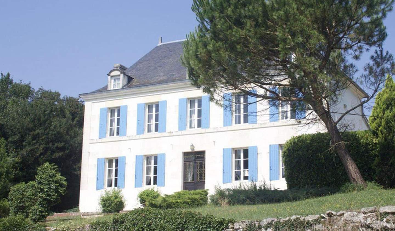 Manor Saint-Porchaire
