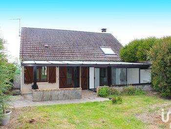 maison à Cambronne-lès-Ribécourt (60)