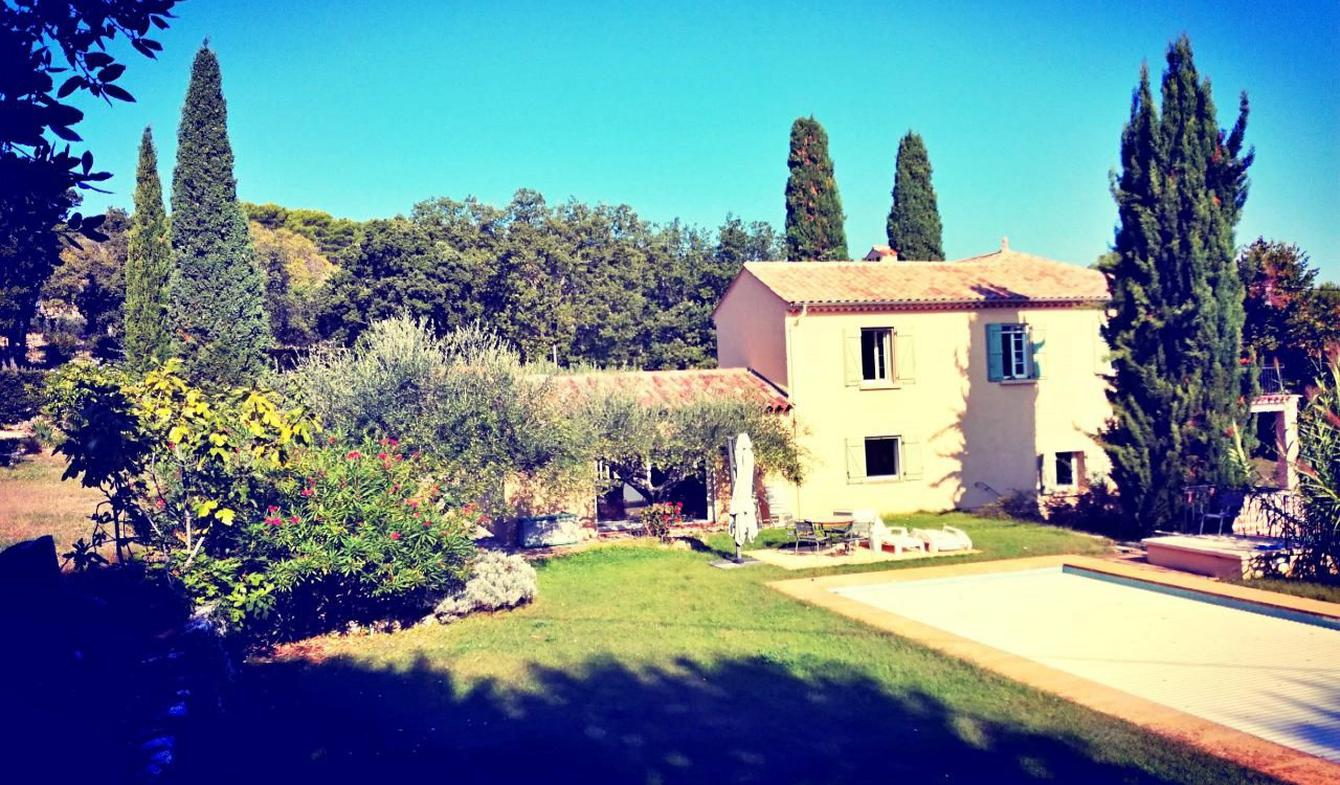 Villa with pool and terrace Draguignan