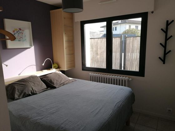 Location appartement meublé 2 pièces 42 m2