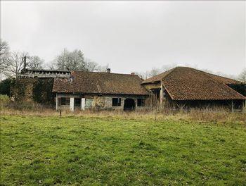 maison à Massignac (16)