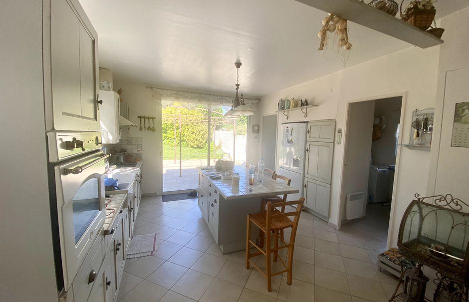 Vente maison 6 pièces 155 m² à Ailly-sur-Noye (80250), 383 000 €